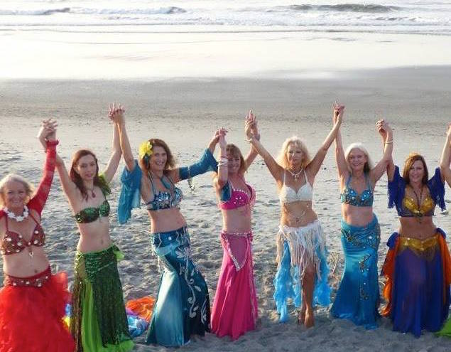 belly-dancers-on-the-beach